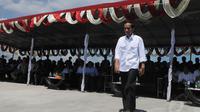 Jokowi yang tiba di ibukota Sulsel pada Sabtu (10/5/14) sore, telah menyempatkan untuk berkunjung ke rumah orang tua Gubernur Sulawesi Selatan Syahrul Yasin Limpo. (Liputan6.com/Herman Zakharia)