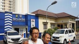 Kantor Satlantas Polresta Depok, Jawa Barat, Senin (1/7/2019). Polresta Depok menggratiskan pembuatan SIM baru dan perpanjangan bagi warga yang berulang tahun pada 1 Juli atau bertepatan dengan HUT ke-73 Bhayangkara. (Liputan6.com/Immanuel Antonius)