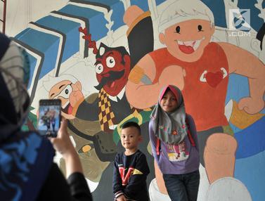 Warna-Warni Mural Sambut HUT DKI Jakarta