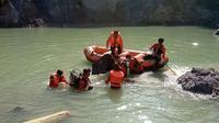 Ilustrasi – pencarian korban tenggelam di Depo Pasir Putih, Wanadri, Banjarnegara. (Foto: Liputan6.com/RAPI BNA/Muhamad Ridlo)