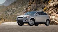 Salah satu kendaraan yang terkena recall Mitsubishi, Outlander Sport (Carscoops)