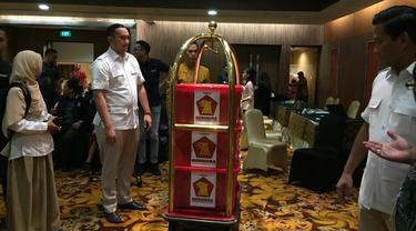Partai Gerindra melaporkan dana kampanye ke KPU. (Merdeka/com/ Muhammad Genantan Saputra)