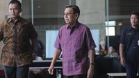 Mantan Wapres Boediono menjalani pemeriksaan di KPK (Merdeka.com/ Dwi Narwoko)