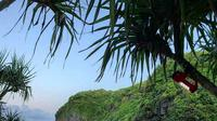 Pantai Greweng, Gunungkidul, Yogyakarta. (prithawibisono/Instagram)
