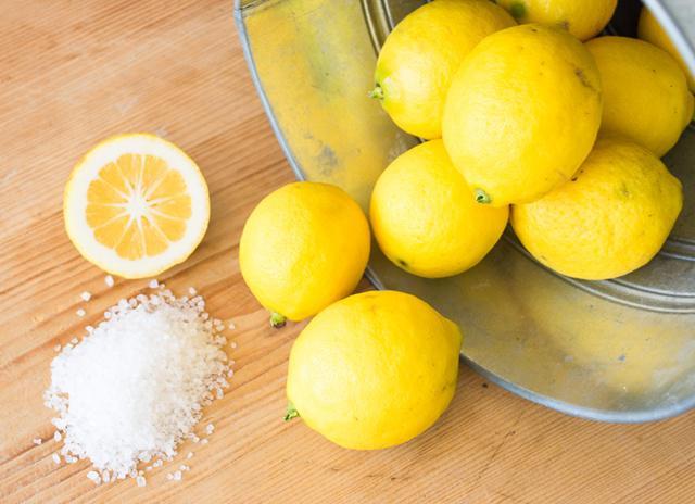 Tips Memutihkan Gigi Pakai Lemon Garam Caranya Beauty Fimela Com
