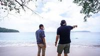 Potret Kunjungan Sandiaga Uno ke Pantai Paal di Likupang, Sulawesi Utara. (dok instagram @sandiuno/https://www.instagram.com/p/CMGeZL8hf9F/?igshid=t8vgzb6z0k6x/)