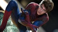 Andrew Garfield di film Spider-Man. Foto: via vcpost.com