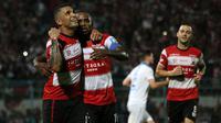 Madura United selebrasi saat menjamu Persib di Stadion Gelora Bangkalan (5/10/2019). (Bola.com/Aditya Wany)