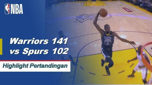 Klay Thompson mencetak 26 poin dan memberikan enam assist saat Golden State mengalahkan Spurs.