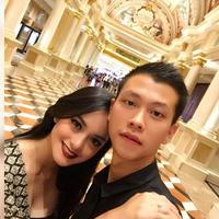 Ke tempat romantis, keliling dunia, lebih dari sempurna kemewahan pasangan yang baru saja mengikat janji suci tersebut. (Via Istagram/@Fery_wijaya88)