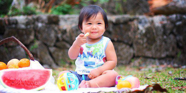Makan adalah waktu yang menyenangkan/Copyright Shutterstock
