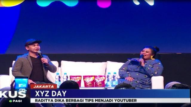 Dalam gelaran XYZ Day 2018, Raditya Dika berbagi tips, menjadi youtuber sukses yang mampu menggaet 3,5 juta subscriber dalam akun youtubenya.
