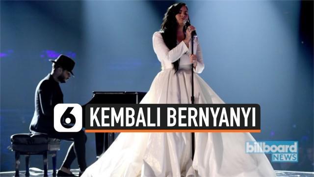 Setelah vakum dari industri musik selama 2 tahun, akhirnya Demi Lovato kembali. Dan untuk penampilan perdananya ia memukau banyak selebritis di ajang Grammy Awards 2020.