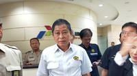 Menteri ESDM Ignasius Jonan usai rapat di Pertamina RU III Plaju Palembang (Liputan6.com / Nefri Inge)