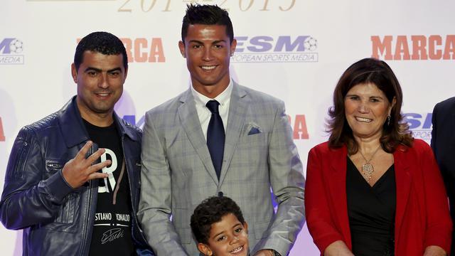 Ronaldo Nyaris Diaborsi Sang Ibu Bola Liputan6 Com