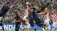 Laga final Piala Dunia 2018 antara Timnas Prancis kontra Kroasia di Luzhniki Stadium, Moskow, Minggu (15/7/2018). (AP Photo/Matthias Schrader)