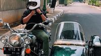 Darma Mangkuluhur Hutomo mengendarai motor gede milik almarhum Soeharto (Dok.Instagram/@darmamh/https://www.instagram.com/p/B08AY8mBw5J/Komarudin)