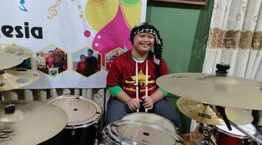 Imansyah Aditya Fitri pemain drum down syndrome