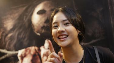 Anya Geraldine saat gala premier film Tusuk Jelangkung di Epicentrum, Kuningan, Jakarta (Kapanlagi.com)