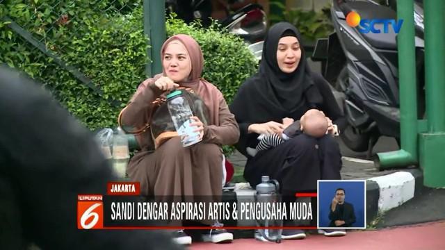 Sandiaga Uno bertemu artis dan pengusaha muda sedangkan Jokowi temui kader Angkatan Muda Pembaharuan Indonesia (AMPI).