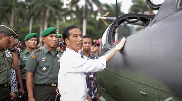 Kunjungan Jokowi di Pameran Alutsista TNI