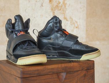 Sneakers Yeezy Bekas Kanye West Terjual Rp26 M