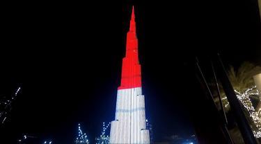 Bendera Indonesia ditampilkan di eksterior gedung tertinggi sedunia, Burj Khalifa (Liputam.com/KBRI Abu Dhabi)