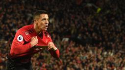 1. Alexis Sanchez - Pemain asal Chili ini bergabung dengan Manchester United pada 2018 dengan transfer mencapai 34 juta euro. Namun, Sanchez gagal bersinar di Manchester United dan hanya mengoleksi lima gol dari 45 pertandingannya. (AFP/Oli Scarff)