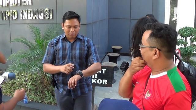 Selain VA dan AS, muncikari prostitusi online di Surabaya diduga melibatkan para artis dan model lain.