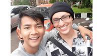 Lepas Rindu, Ini 5 Momen Dylan Carr Bertemu Cast Anak Langit di Lokasi Syuting (sumber: Instagram.com/anggaptrh)