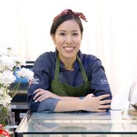 Talita Setyadi adalah seorang chef pastry yang berinovasi dengan bahan khas Indonesia. (Foto: fimela.com/Daniel Kampua)