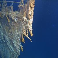 Bangkai RMS Titanic telah terbaring selama 107 tahun sejak menabrak gunung es dan karam di dasar Samudra Atlantik. Kini kondisinya telah rusak dimakan bakteri. | Splashnews.com