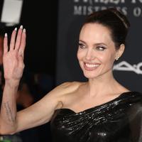 Angelina Jolie (FOTO: Splashnews)