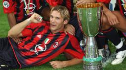 Shevchenko menjadi pencetak gol terbanyak di Serie A pada musim 2003/2004. Ia membantu AC Milan meraih Scudetto untuk pertama kalinya dalam lima tahun. (AFP/Paco Serinelli)