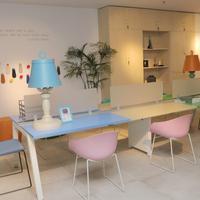 Furniture untuk interior kantor modern dan kekinian. (Foto: Dok. Datascrip)