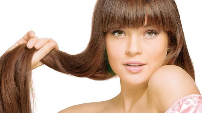 Tips Mudah Meluruskan Rambut Secara Alami Tanpa Harus ke Salon ... fe4c4bb850