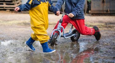 Ilustrasi anak beraktivitas ditengah cuaca ekstrem/ Unsplash