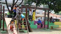 Pada 2018 Pemprov DKI Jakarta memiliki dua Rumah Aman. Pada 2019, jumlah tersebut bertambah menjadi empat Rumah Aman yang melayani 39 perempuan dan anak. Rumah Aman ini juga didesain dalam kondisi pengawasan dan penjagaan yang ketat selama 24 jam.