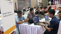 Suasana saat peserta mengikuti kompetisi Trading Challenge 2017 di Bursa Efek Indonesia, Jakarta, Kamis (7/12). Kompetisi Trading Challenge 2017 ini sebagai sarana untuk menciptakan investor pasar modal berkualitas. (Liputan6.com/Angga Yuniar)