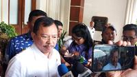 Menteri Kesehatan Terawan Agus Putranto mendatangi kantor Menko Polhukam Mahfud Md. (Liputan6.com/Radityo)