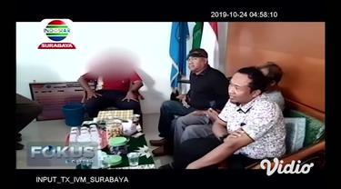 Setelah digegerkan dengan video viral aksi seorang motivator yang menampar siswa SMK dalam sebuah acara seminar di Kota Malang, kali ini dunia maya kembali dihebohkan dengan aksi serupa.