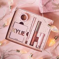 Rangkaian koleksi kosmetik akhir tahun dari Kylie Cosmetics
