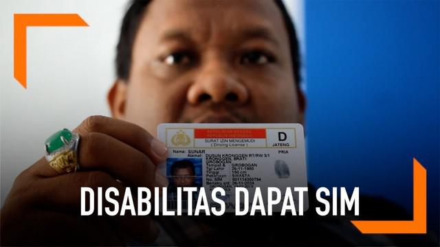 Para penyandang disabilitas turut mendapatkan SIM setelah melewati berbagai tes di Polres Grobogan.