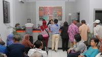 Sebanyak 31 jaringan kantor siap beroperasi pada hari Senin secara normal. 28 diantaranya yakni BRI Unit di wilayah Palu dan Donggala, sementara 3 lainnya yakni Kantor Cabang Palu dan 2 Kantor Cabang Pembantu (KCP).