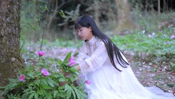 7 Fakta Menarik Li Ziqi, YouTuber Terkaya China yang Dikabarkan Menghilang