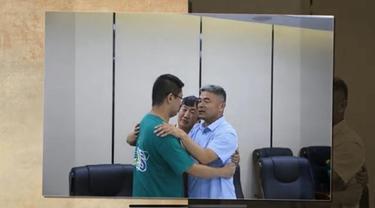 Kisah Pertemuan Ayah dan Anak Lelakinya Setelah 24 Tahun Terpisah karena Jadi Korban Penculikan