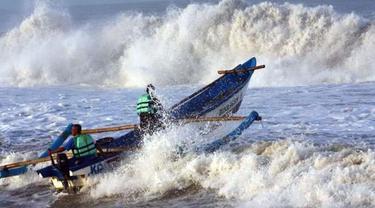 Ilustrasi gelombang tinggi. fto:Ist (Arfandi Ibrahim/Liputan6.com)