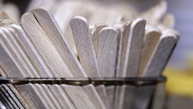 cara membuat rumah rumahan dari stick ice sream