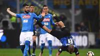 Penyerang Napoli, Lorenzo Insigne, menilai timnya masih memiliki peluang untuk meraih gelar Scudetto 2017-2018 meskipun harus turun ke posisi dua klasemen setelah bermain imbang 0-0 lawan Inter Milan. (AFP/Marco Bertorello)