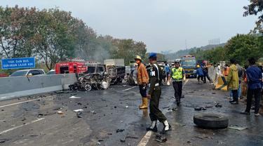 Kecelakaan beruntun terjadi  di kilometer 91 Jalan Tol Purbaleunyi arah Jakarta, Senin (02/09/2019).